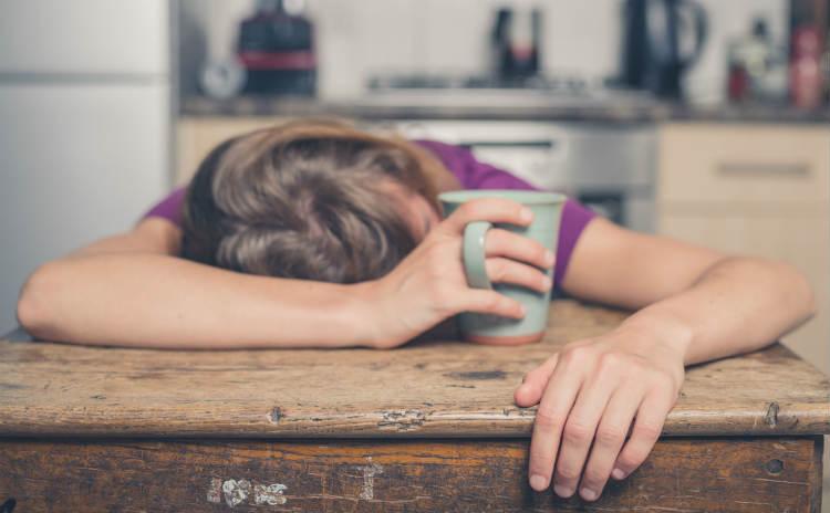 寝ても疲れが取れない…からだがだるいい3つの原因と対処法