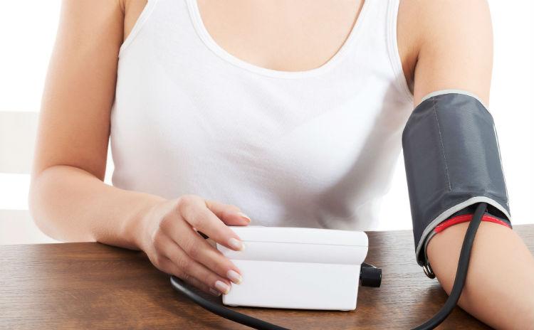 高血圧の原因と血圧を下げる方法
