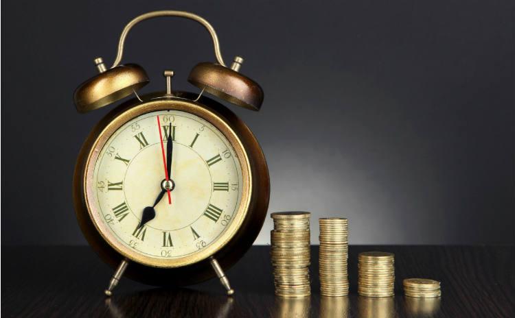 寝ても疲れが取れない…「睡眠負債」がもたらす影響とは?