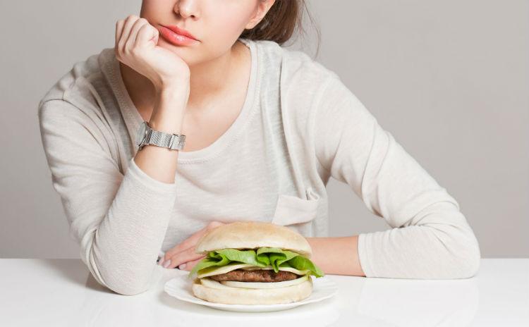 ダイエットに失敗する人に共通する、糖質制限の落とし穴