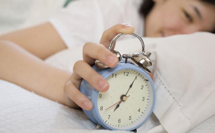 【鍼灸師が教える】不眠を解消するツボ、睡眠の質を高めるツボ